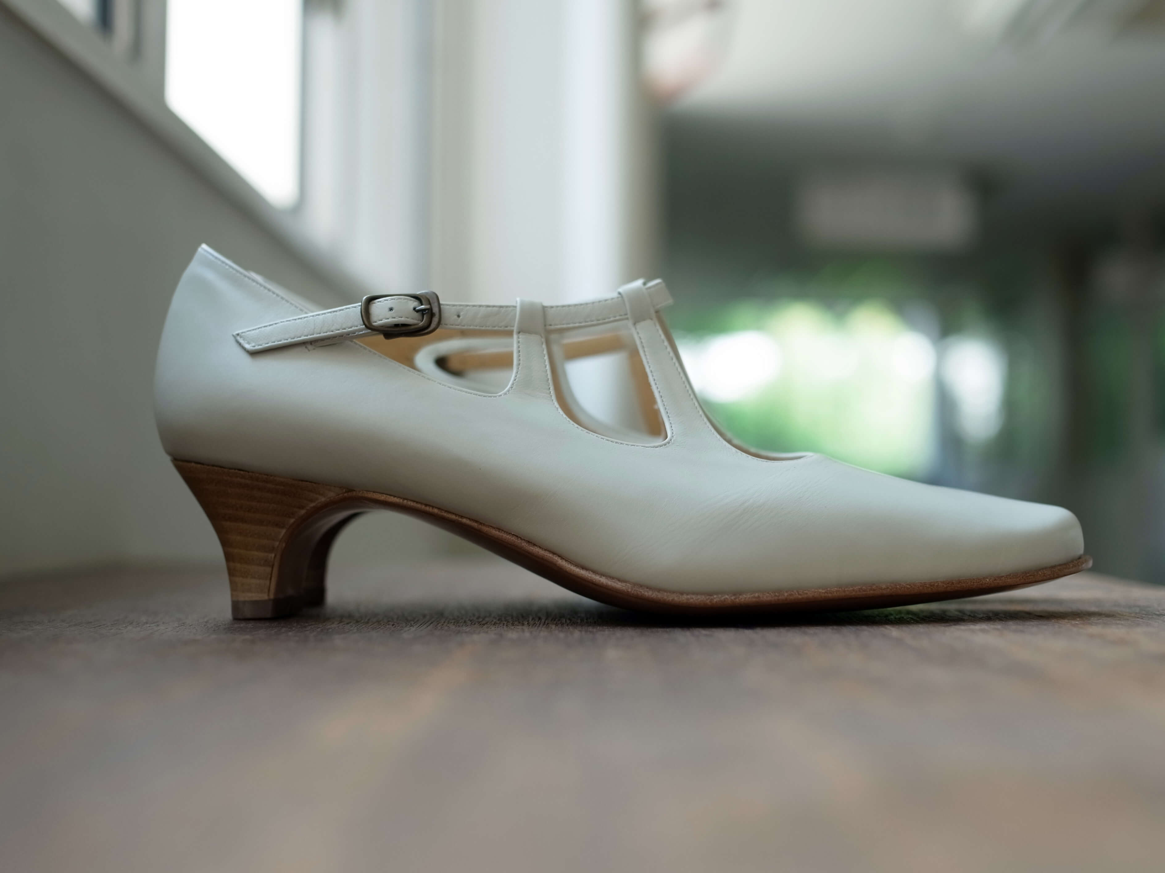 靴 オーダー パンプス ホワイト 神戸 halva-halva
