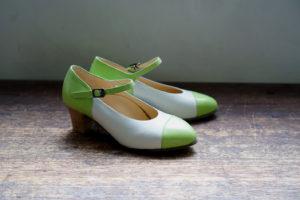 靴 オーダー パンプス ホワイト グリーン 神戸 halva-halva