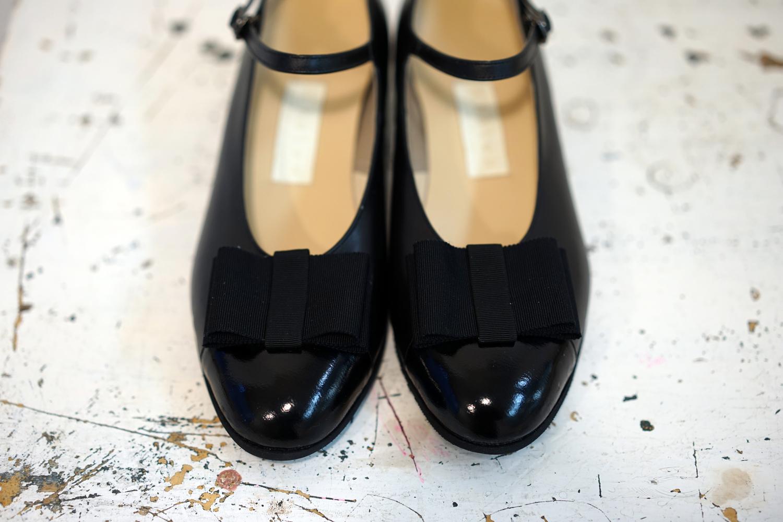 靴 オーダー パンプス 黒 リボン 神戸 halva-halva