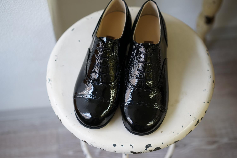 エナメル 黒 紐靴 halva * halva